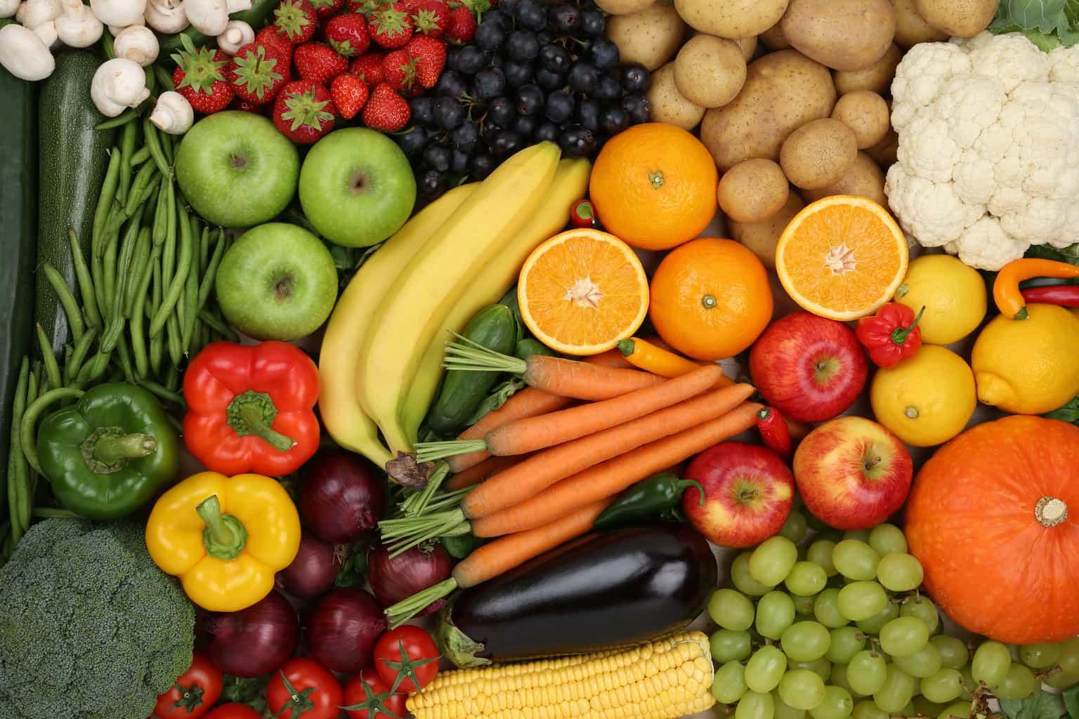 Do vegetarians and vegans live longer and healthier lives?