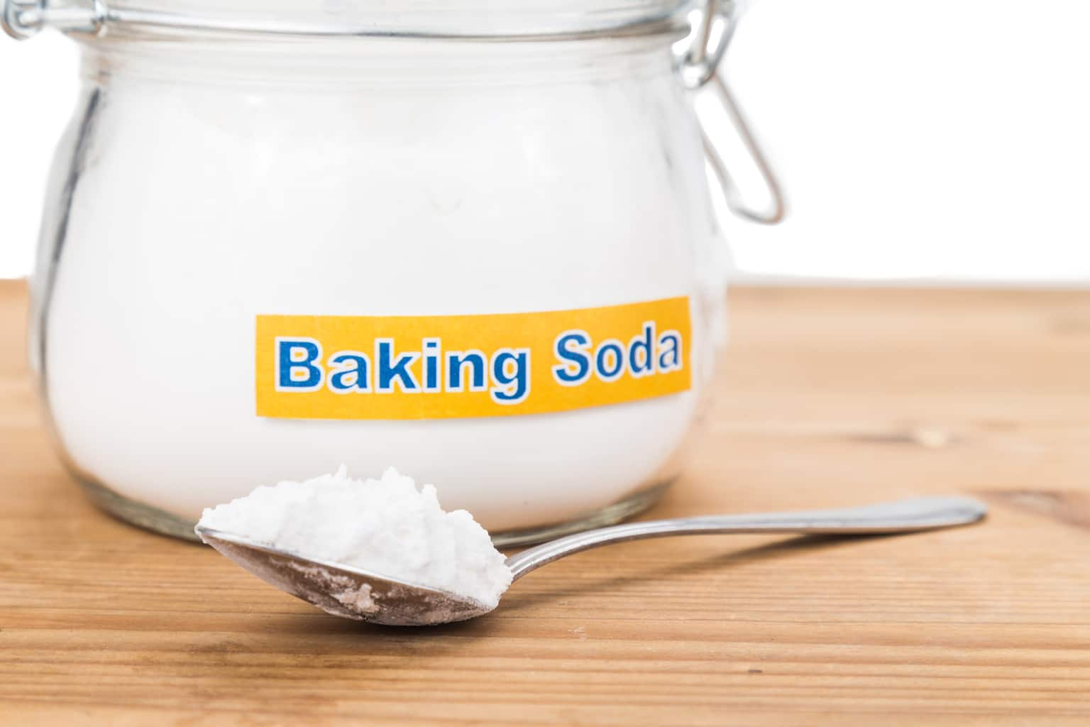 Baking soda: does it help cancer? Does it make you run faster?